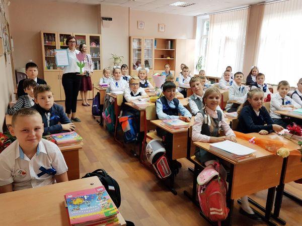 Дети сотрудников НМИЦ онкологии имени Блохина приняли участие в акции «Цветы жизни»